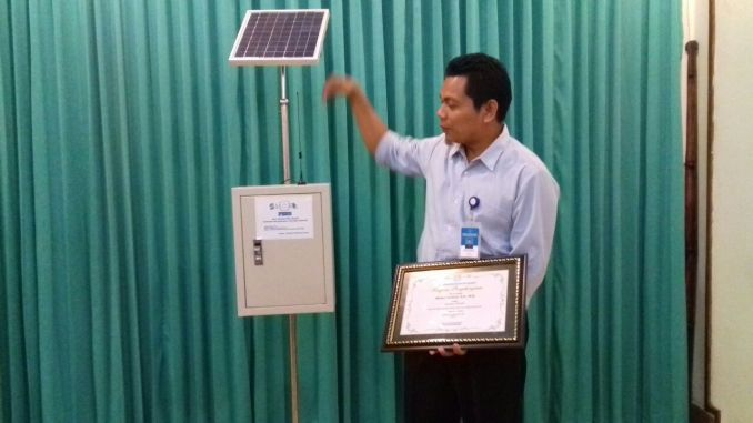 Flood Alert, UNS Lecturer Develops SMART FEWS Flood Detection Device