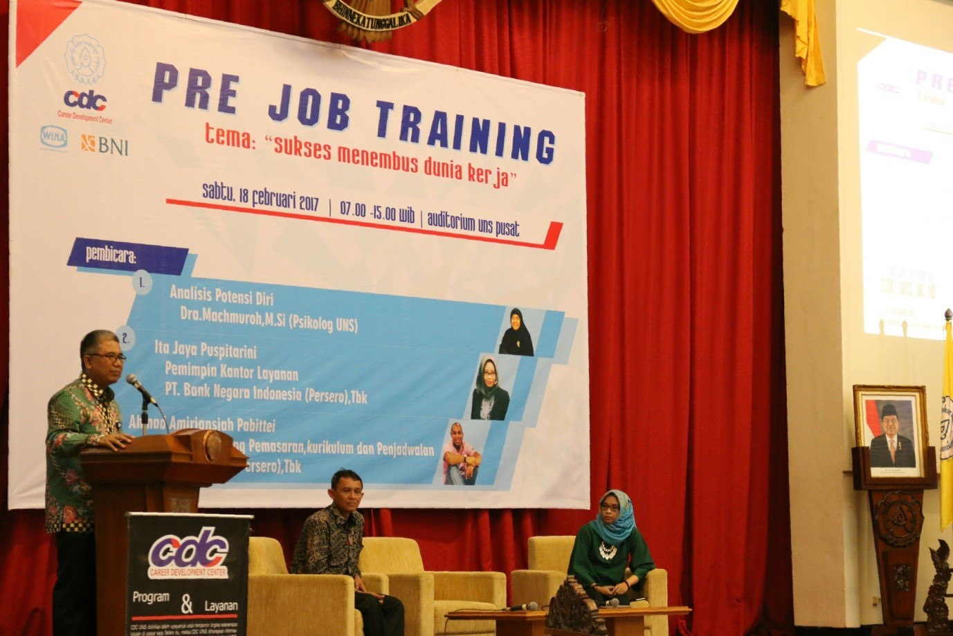 CDC UNS Carries Out Pre Job Training for Alumni's Career Preparation