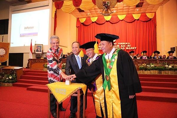Minister of Research Technology and Higher Education Launches UNS Management Information System
