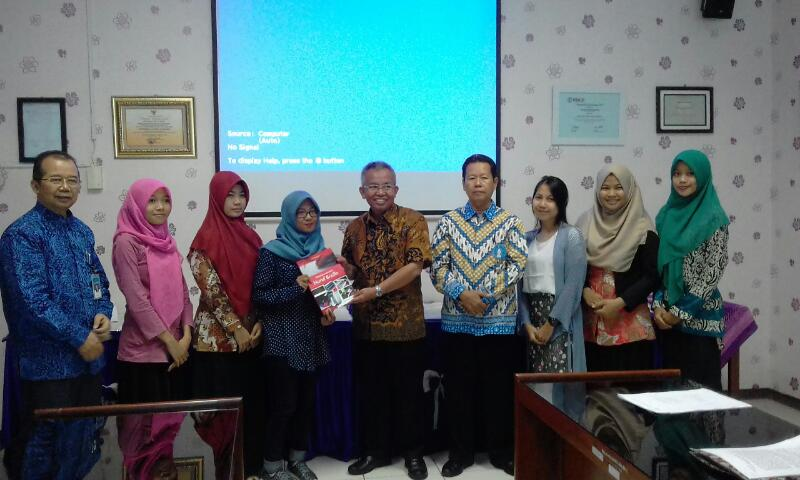 FKIP UNS Sends Off Six Students Majoring in Special Education to Participate in International PPL in Malaysia