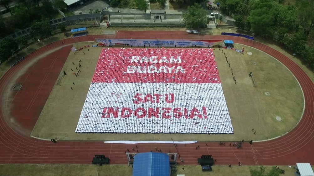 Promoting Cultural Diversity Awareness, Student Vaganza UNS Breaks 2 MURI Records