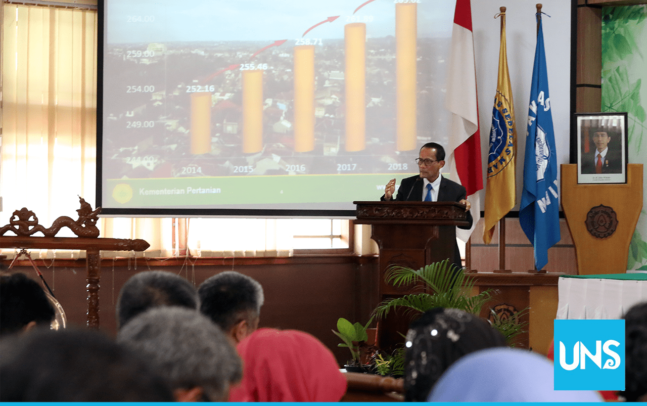 The Head of the Food Security Agency of the Ministry of Agriculture of Indonesian, Agung Hendriadi, delivered his material about the food security of Indonesia