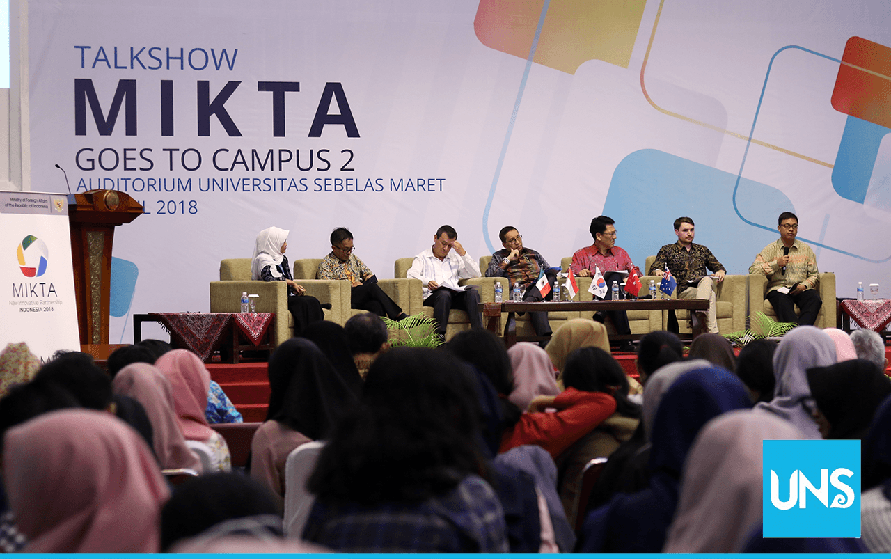 Mikta Goes to Campus