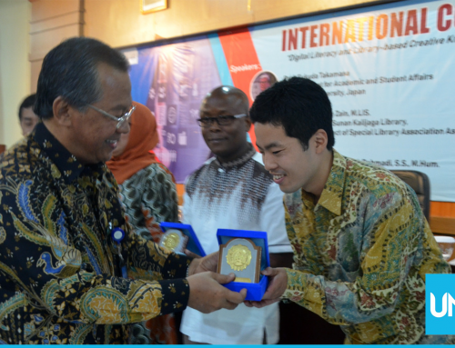 UNS Library Holds International Seminar to Face Digital Era