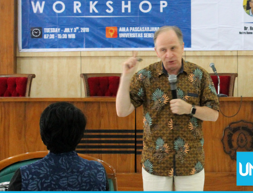 Graduate School of English Education UNS Holds Extensive Reading Workshop