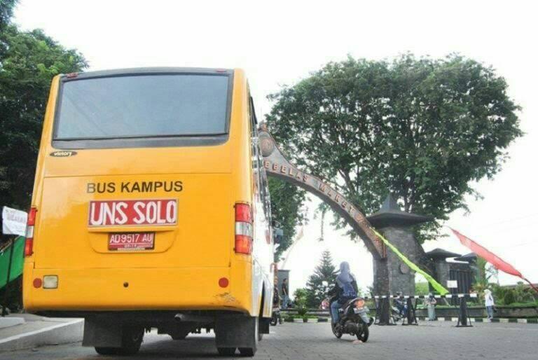 Bus Kampus untuk Masyarakat UNS
