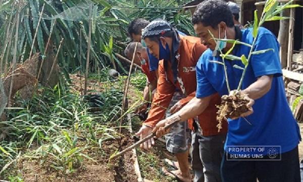 Agrotechnology Research Group UNS Held Training for Red Ginger Nursery in Jatiyoso, Karanganyar