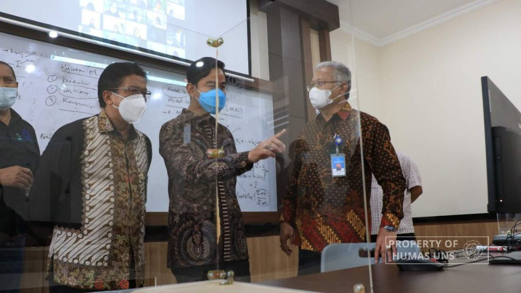 Review the PTM Implementation in UNS, Surakarta Major Greeted the Students