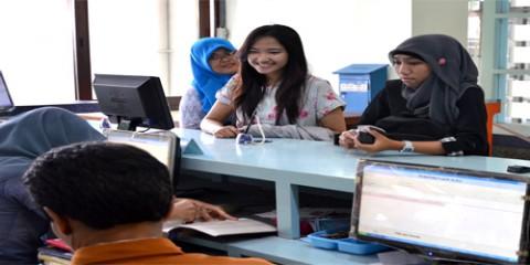 UPT Perpustakaan UNS memiliki berbagai layanan prima dan unggulan untuk seluruh civitas akademika UNS.